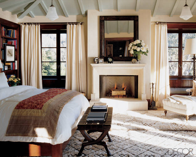 Today 39 s idea the rug is a wonderful room unifier for Celebrity bedroom ideas