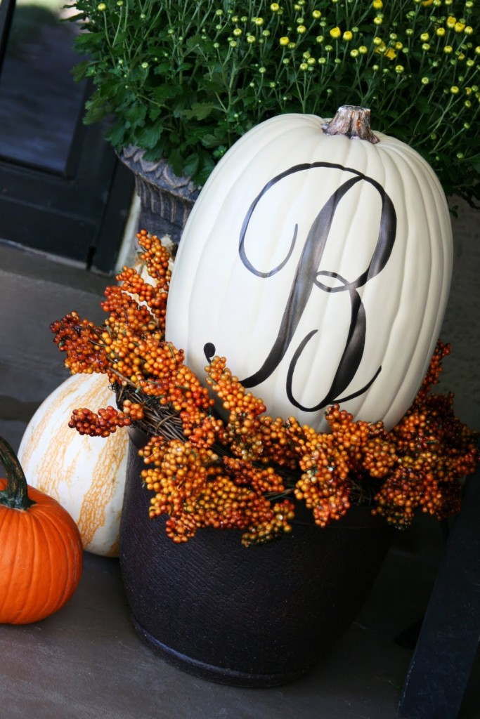 Monogram-Pumpkin