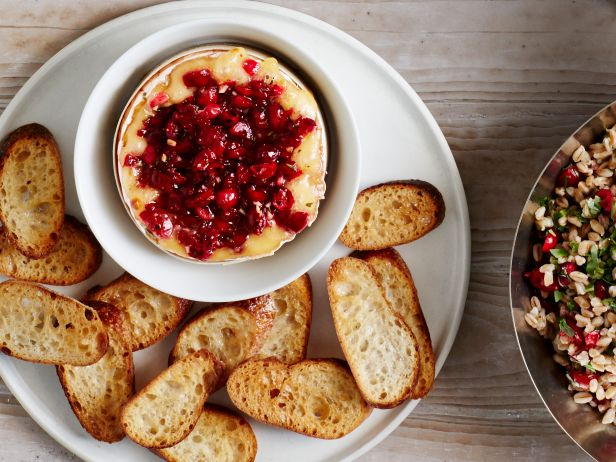 fnm_110114-insert-no30-baked-camembert-with-cranberries_s4x3-jpg-rend-sni18col-landscape